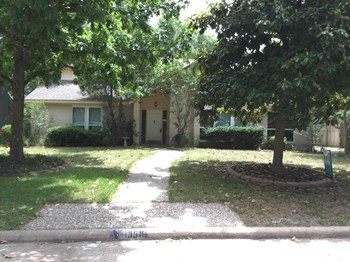 13518 Holston Hills Dr 5 Beds House for Rent Photo Gallery 1