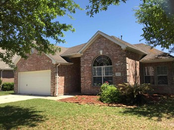 28702 Hidden Cove Dr 3 Beds House for Rent Photo Gallery 1