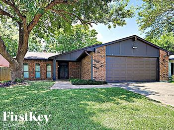 6914 Pickett Dr 4 Beds House for Rent Photo Gallery 1