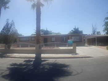 913 Date St 4 Beds House for Rent Photo Gallery 1