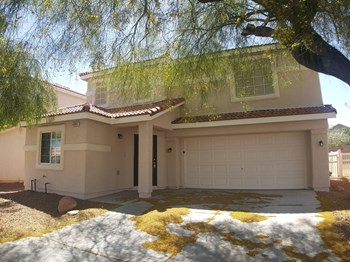 4941 Drifting Pebble St 3 Beds House for Rent Photo Gallery 1