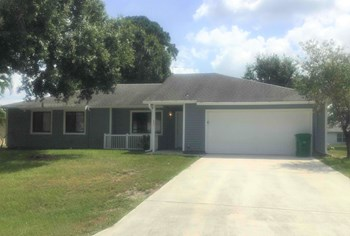 4051 SW Balleto St 4 Beds House for Rent Photo Gallery 1