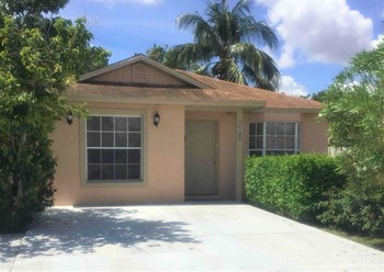 5709 Boynton Crescent 3 Beds House for Rent Photo Gallery 1