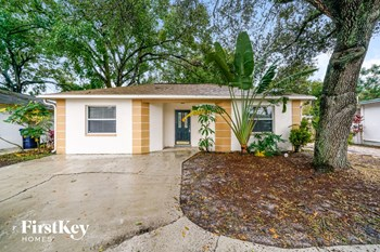 812 W SLIGH AVE 4 Beds Apartment for Rent Photo Gallery 1