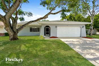1794 E Groveleaf Ave 3 Beds House for Rent Photo Gallery 1