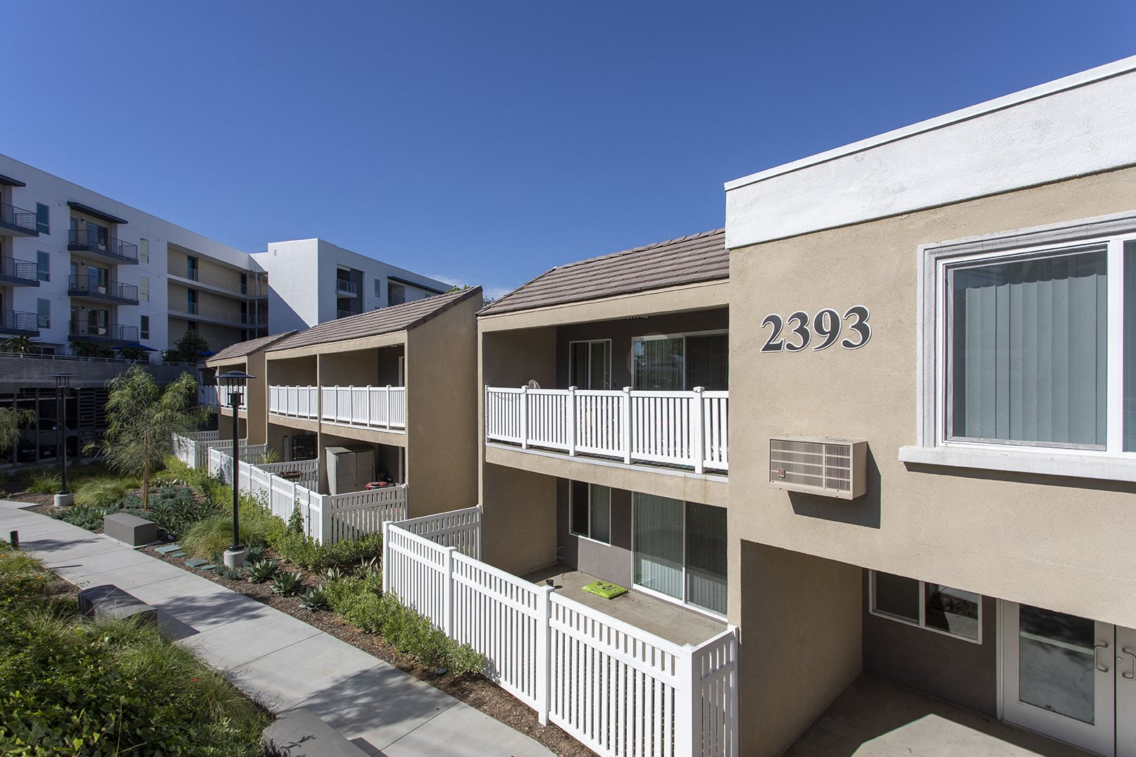 Photos And Video Of Modernaire Apartments In San Diego Ca