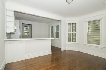 28 Highland Avenue 2 Beds Apartment for Rent Photo Gallery 1