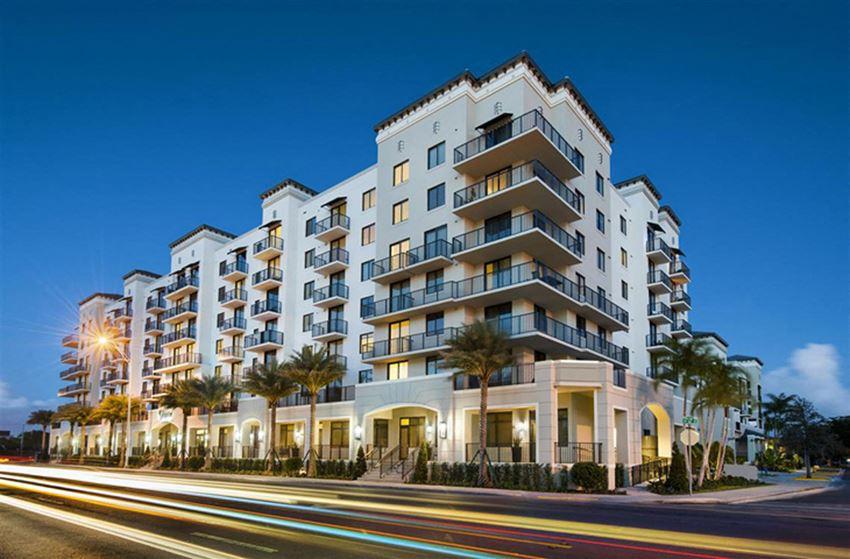 Coral Gables Apartments for rent District West Gables