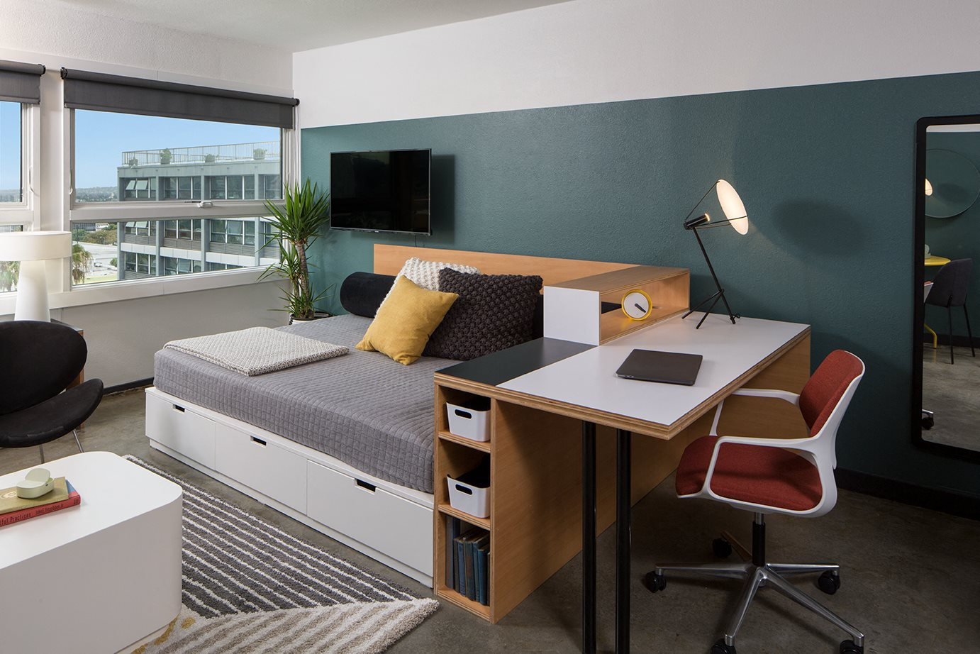 newly renovated studios | The Flat Apartments in Los Angeles, CA