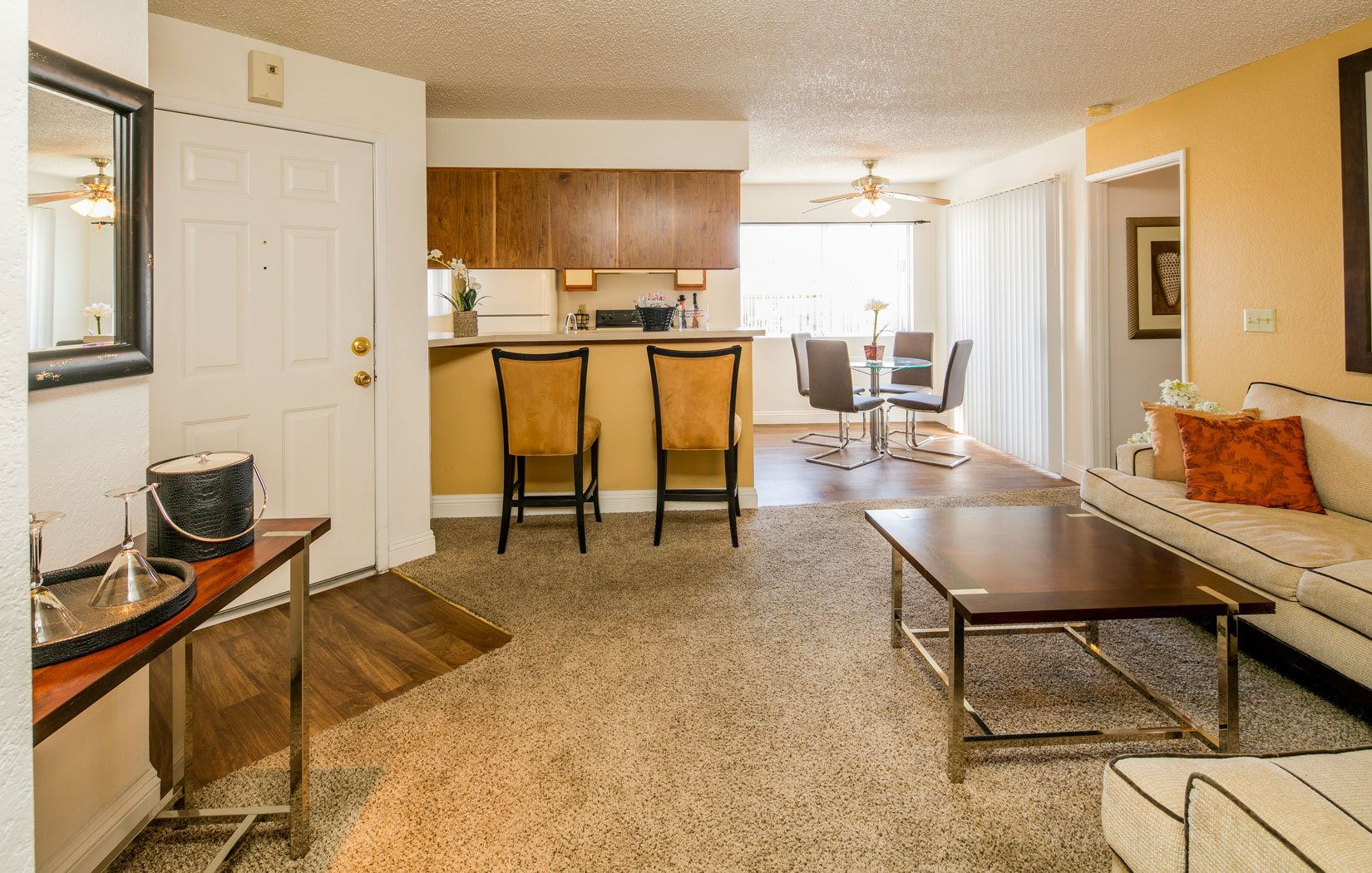 Sunset Winds Apartments | Apartments in Henderson, NV