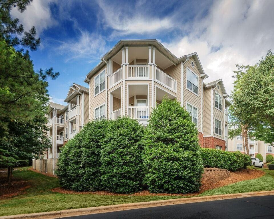 Apartments in Charlotte For Rent | Addison Park