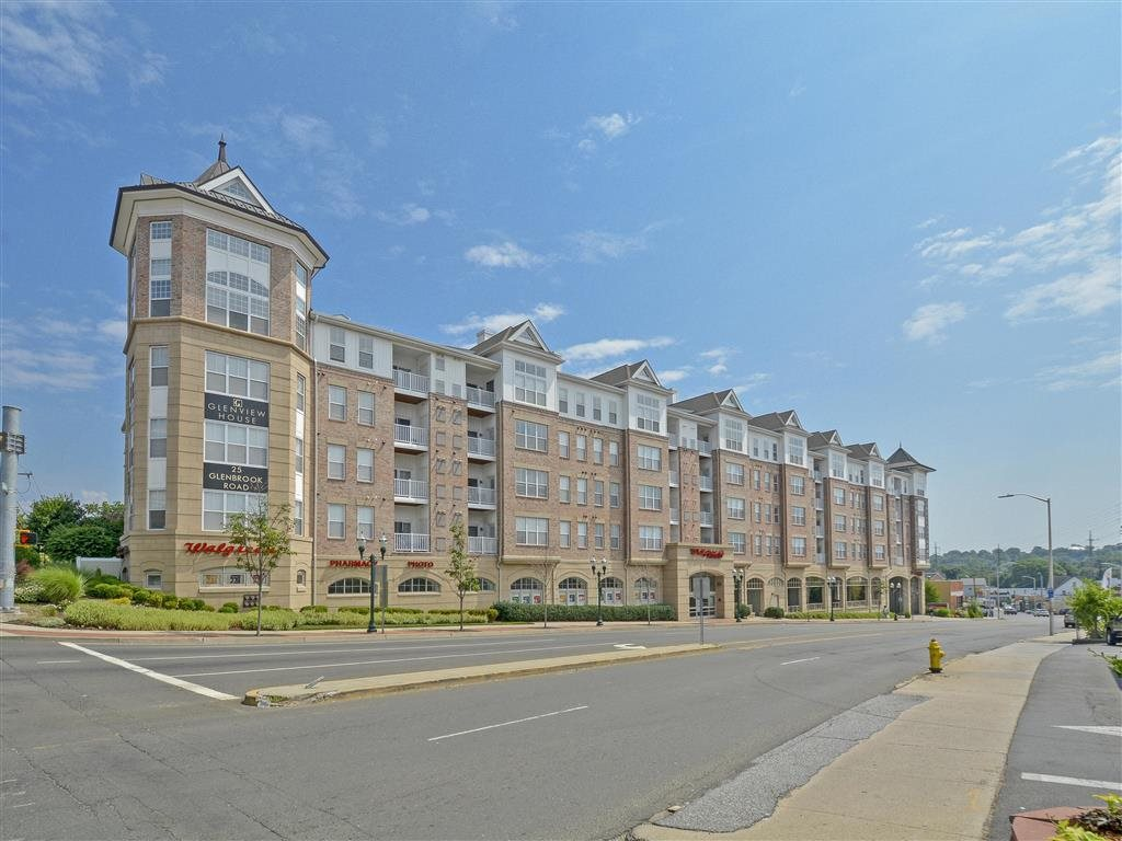 Apartments in Stamford, CT | Glenview House