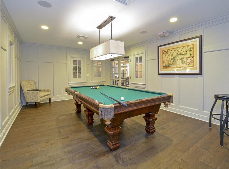 Resident Game Room | Apartments in Stamford, CT | Glenview House