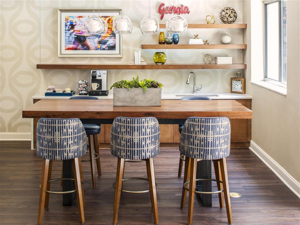 Elegant Kitchen | Apartments in Atlanta, GA | 2460 Peachtree Apartments