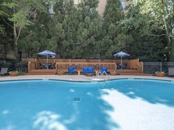 2460 Peachtree Road NW 1-2 Beds Apartment for Rent Photo Gallery 1