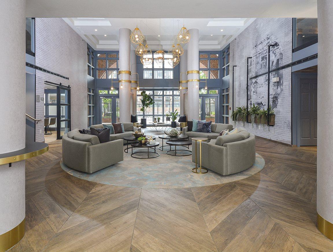 Stupendous The Citizen At Shirlington Village Apartments In Arlington Va Download Free Architecture Designs Ferenbritishbridgeorg