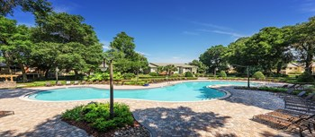 1050 Colonial Grand Lane 1-2 Beds Apartment for Rent Photo Gallery 1
