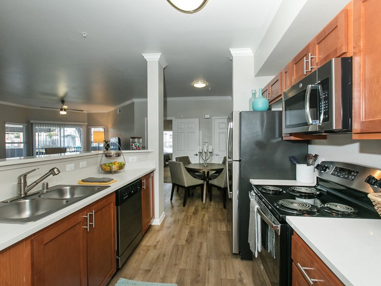 Apartments in Rancho Cordova for Rent - Avion Rancho Cordova Kitchen