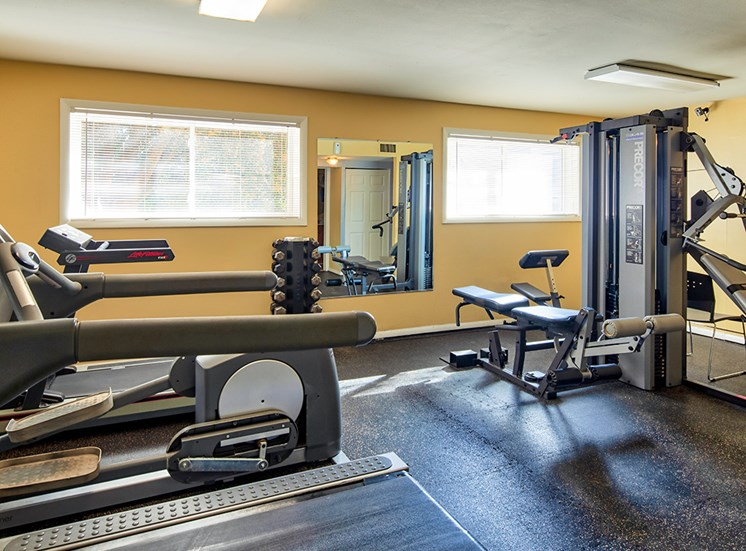 Ashton Square Apartments Fitness i