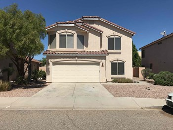 818 E Ross Ave 4 Beds House for Rent Photo Gallery 1
