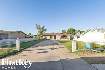 2518 E Don Carlos Ave 3 Beds House for Rent Photo Gallery 1