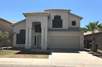 2213 W Myrtle Dr 4 Beds House for Rent Photo Gallery 1