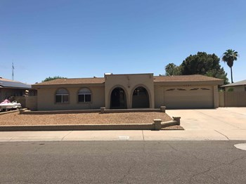 4507 W Aster Dr 3 Beds House for Rent Photo Gallery 1