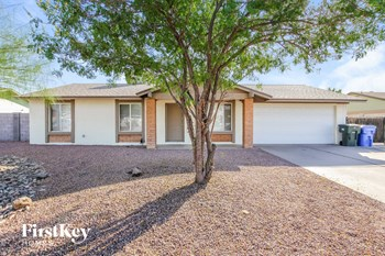 5031 W Windrose Dr 4 Beds House for Rent Photo Gallery 1