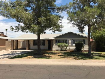 7912 E Willetta St 3 Beds House for Rent Photo Gallery 1