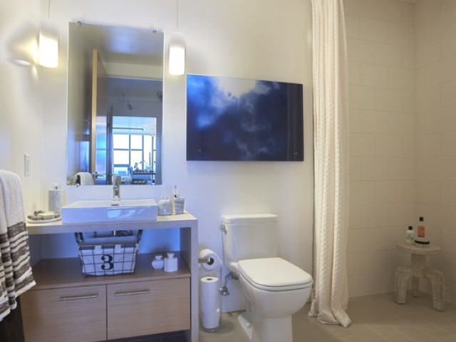 Spacious Bathrooms at Potrero Launch, California