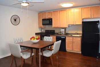 300 East 8th St Studio Apartment for Rent Photo Gallery 1