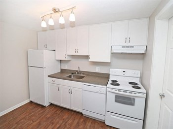 2779-A Swansea Dr. SE Studio-2 Beds Apartment for Rent Photo Gallery 1