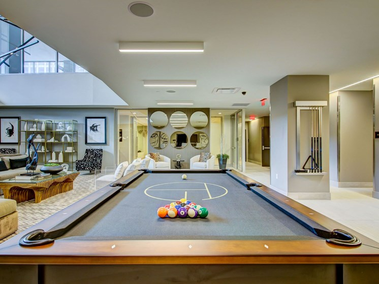 club 1125 pool table