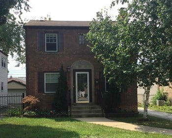 2709 W 99Th St 3 Beds House for Rent Photo Gallery 1