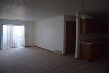 1-2 Beds Apartment for Rent Photo Gallery 1