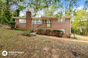 428 18th Ct NW 3 Beds House for Rent Photo Gallery 1