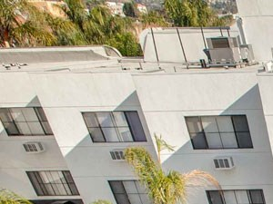 Duet on Wilcox Apartments  | Los Angeles, California  | Swimming Pool