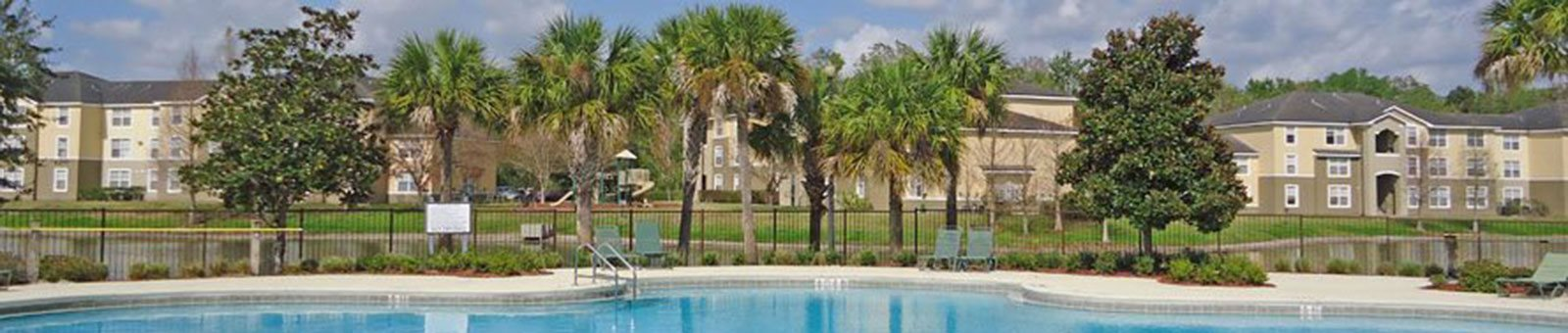 Outdoor swimming pool_Logan Heights Sanford, FL