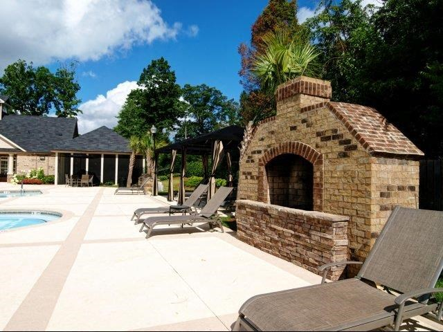 Grilling Area at Hayleigh Village Apartments, Greensboro, NC, 27410