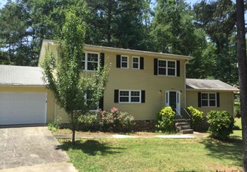 3975 Sandy Plains Rd 3 Beds House for Rent Photo Gallery 1