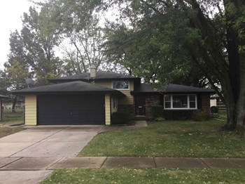 9945 Avenida Del Norte St 4 Beds House for Rent Photo Gallery 1