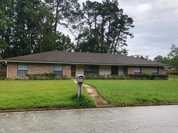 11682 Wellington Way 5 Beds House for Rent Photo Gallery 1