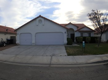 4429 Socrates St 4 Beds House for Rent Photo Gallery 1