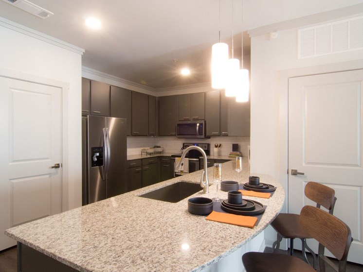 kitchen apartments in aurora