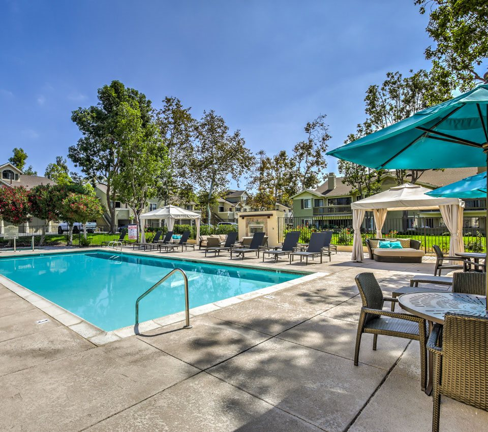 Suntree Apartments: Flower Fields Apartments In Carlsbad, CA