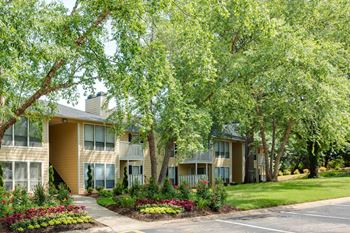 3111-101 Long Meadow Ct. 1-2 Beds Apartment for Rent Photo Gallery 1