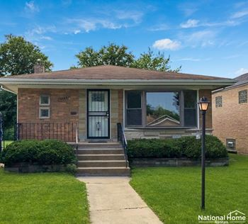 8822 S Fairfield Avenue 3 Beds House for Rent Photo Gallery 1