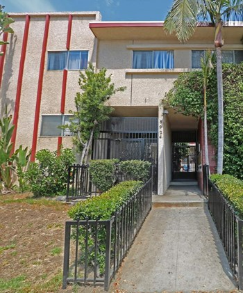 8924 VAN NUYS BLVD Studio-4 Beds Apartment for Rent Photo Gallery 1