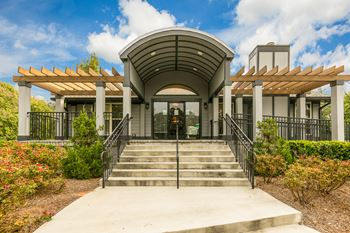 5650 Hillandale Dr 1-3 Beds Apartment for Rent Photo Gallery 1