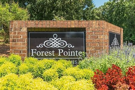 Forest Pointe Apartments Community Thumbnail 1